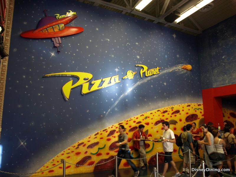 review pizza planet disneydining. Black Bedroom Furniture Sets. Home Design Ideas