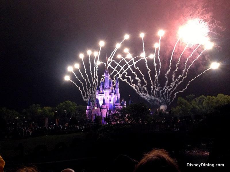 Tomorrowland Terrace Fireworks Dessert Party Disney
