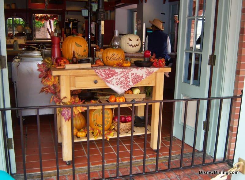 Sleepy Hollow Halloween Decorations - DisneyDining