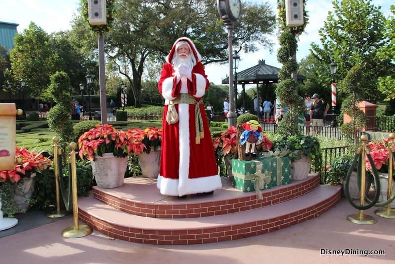 Image De Noel Walt Disney.Holidays Around The World France Pere Noel Epcot Walt