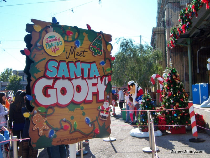 5a913b86ae406 Santa Goofy meet and greet