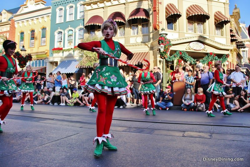 christmas parade, magic kingdom, walt disney world – DisneyDining