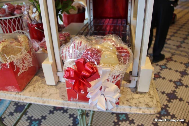 Cookie Gift Basket Main Street Confectionary Magic Kingdom Walt Disney WOrld & Cookie Gift Basket Main Street Confectionary Magic Kingdom Walt ...