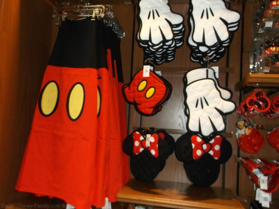 Top 10 ways to make your life a little more disney for Decoration maison mickey