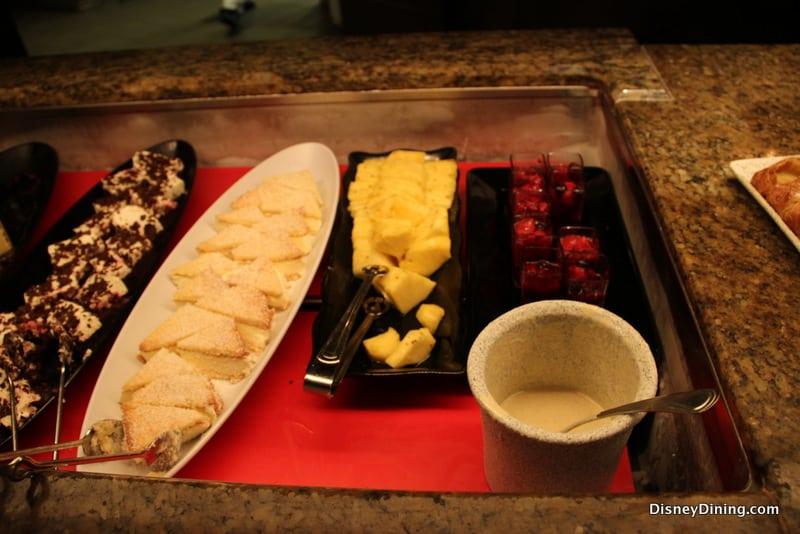 disney dining review biergarten restaurant in epcot