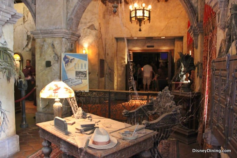 hollywood tower of terror inside lobby, hollywood studios ...