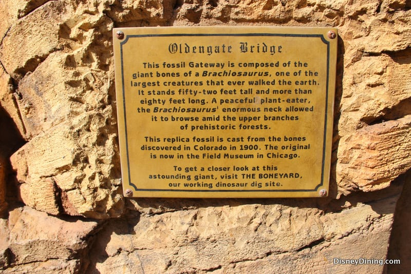 4.-oldengate-bridge-sign-animal-kingdom-dinoland-walt-disney-world.jpg