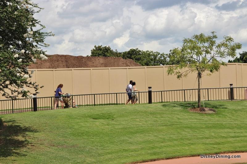 86.-Construction-wall-and-large-mound-of-dirt-future-world-epcot-walt-disney-world.jpg