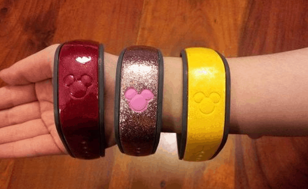 Five Ways To Personalize Your Magic Band Disney Dining Information - Magic band vinyl decals
