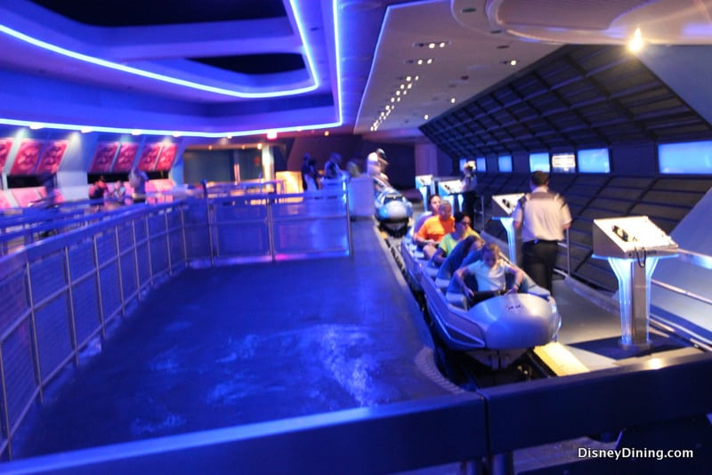 9 Cool Facts You May Not Know About Space Mountain At Walt ...