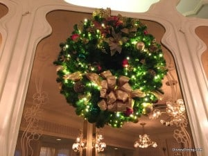 The Plaza Magic Kingdom Christmas Decor