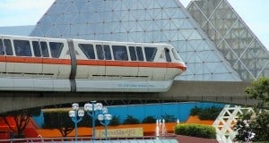 monorail-imagination-pavilion-3-9