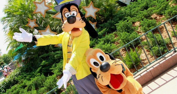 goofy-and-pluto-in-hollywood-1-9