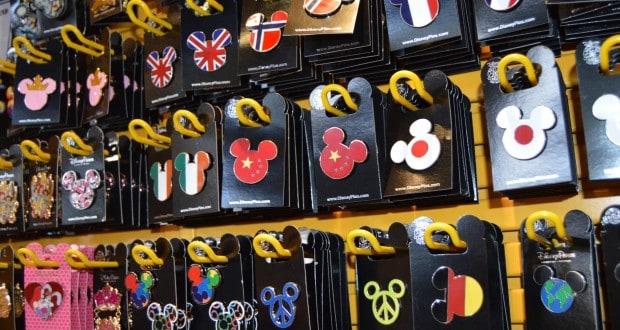 Hollywood Studios Pins Souvenirs