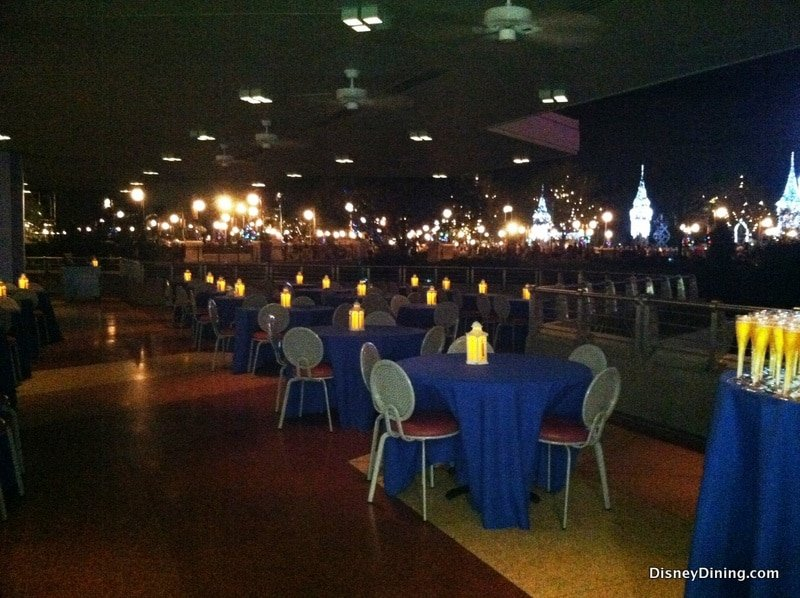 Disney Dining Review For Wishes Fireworks Dessert Party At Walt Disney World
