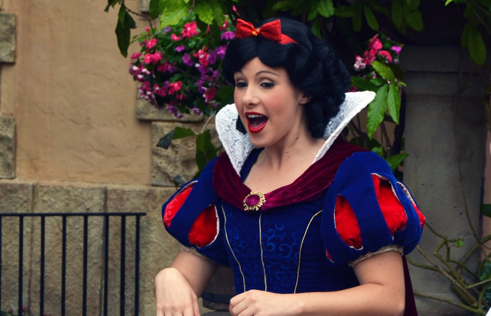 Epcot Germany Princess Snow White fb crop
