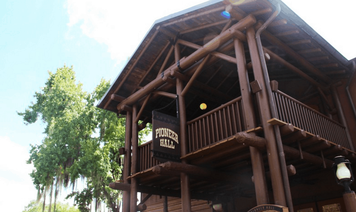 7 reasons you will love staying at the cabins at disney 39 s for Cabins at wilderness lodge