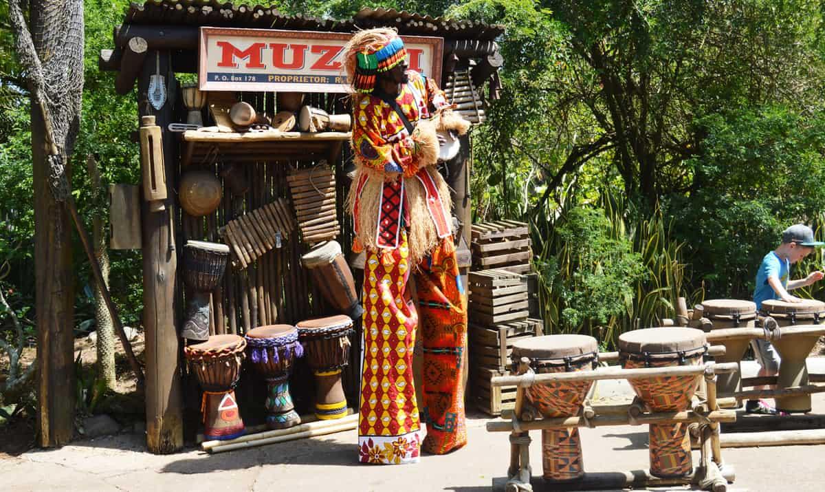 Animal Kingdom Africa Man on Stilts Music Entertainment 3 fb crop
