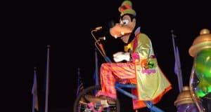 Magic Kingdom Mickey's Boo to You Halloween Parade Goofy's Candy Company Float 4