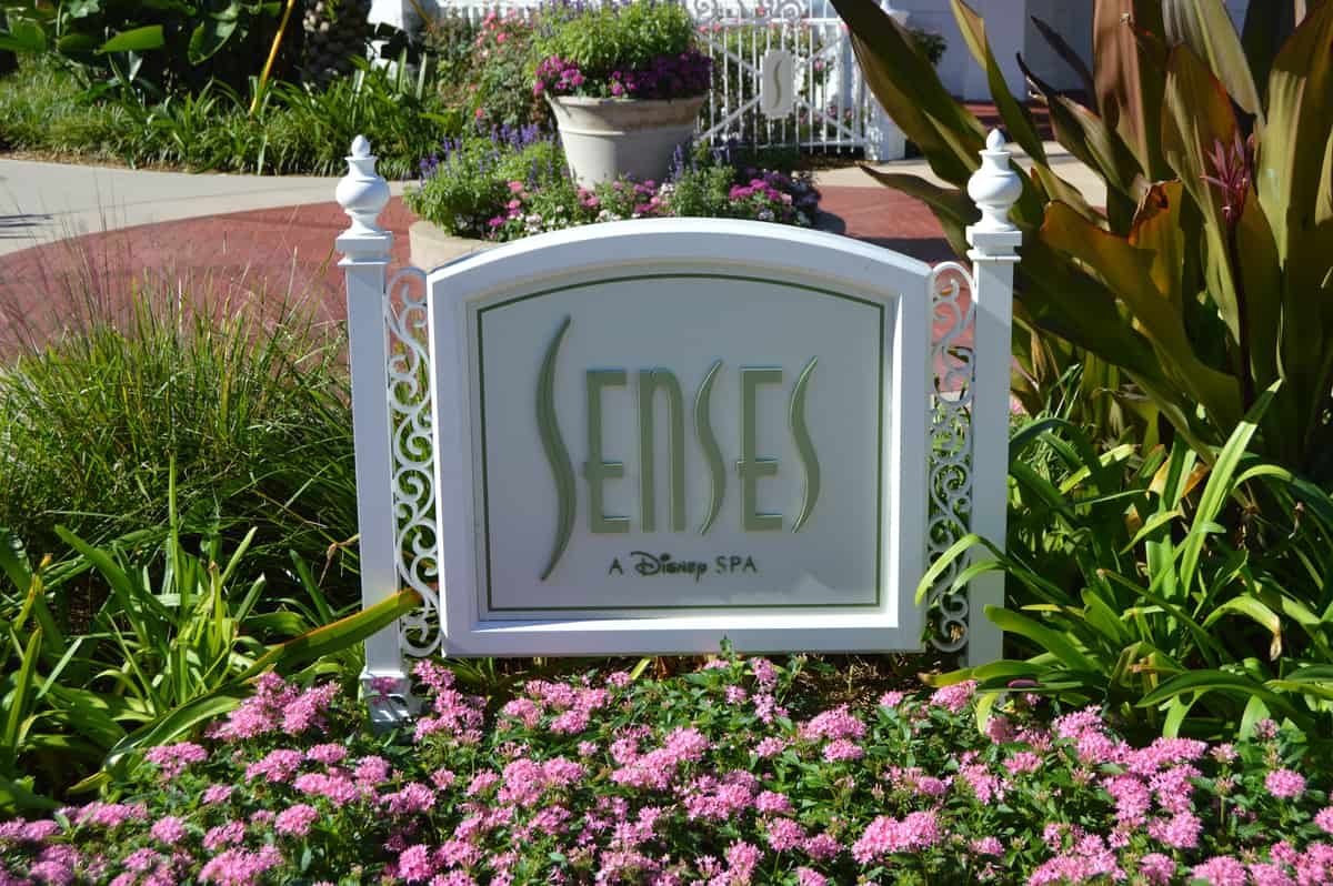 6 Secrets Most People Don 39 T Know About Disney 39 S Grand Floridian Resort Spa Disney Dining