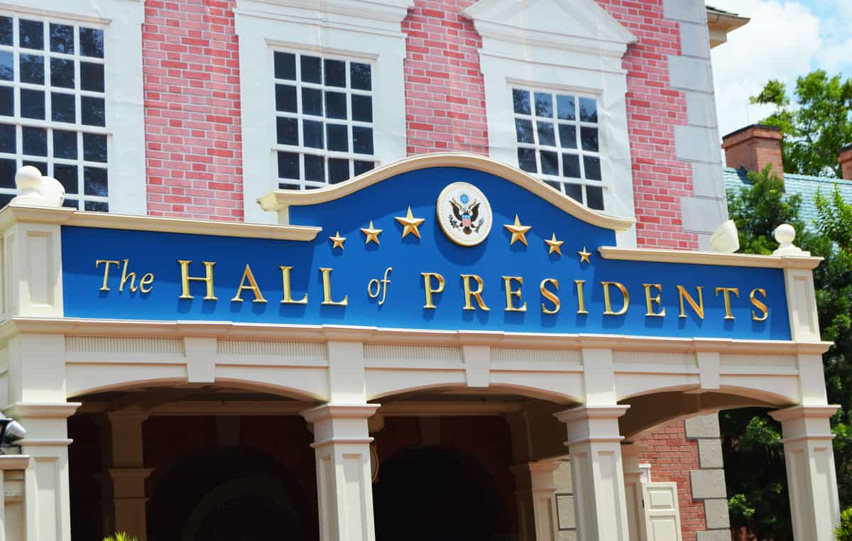 magic-kingdom-hall-of-presidents-sign-entrance