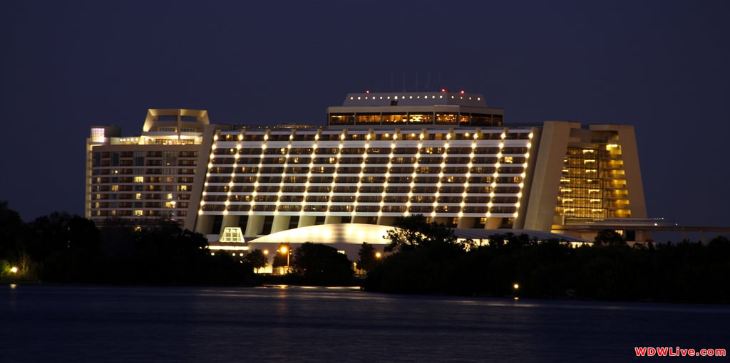 Top 8 disney pro tips for the contemporary resort in walt for Best contemporary hotels