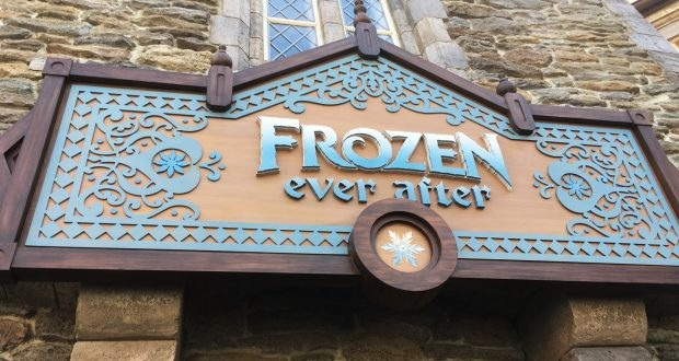 frozen-ever-after-ride-sign