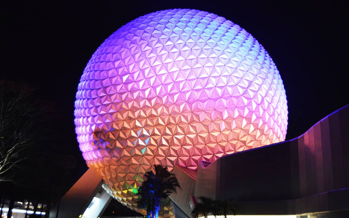 10 Mind Blowing Facts About Epcot's Spaceship Earth ...