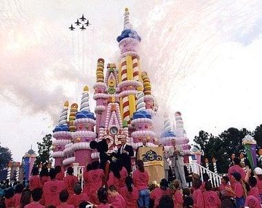 The  Biggest Disney Park Controversies  DisneyDining - The biggest birthday cake