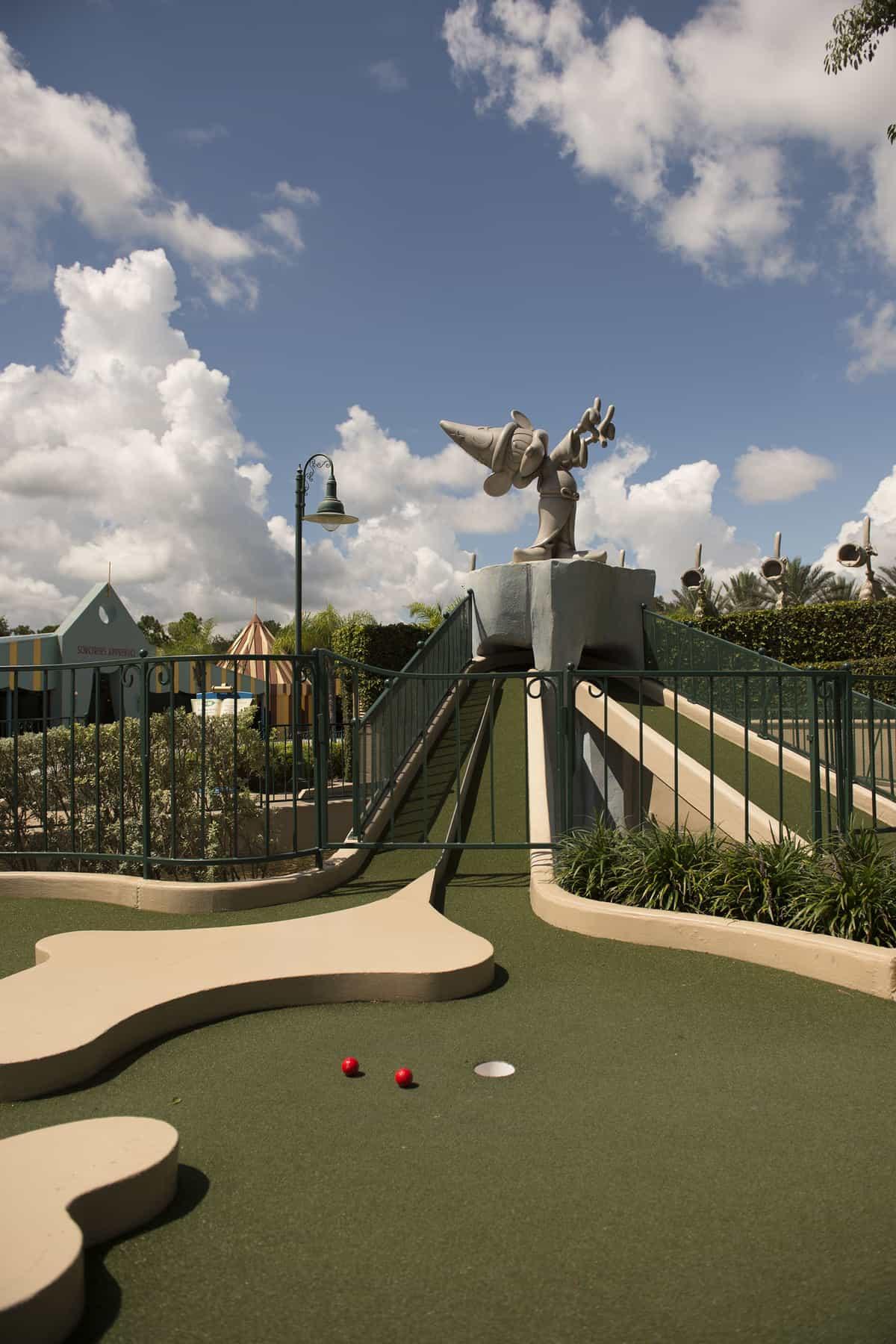 Miniature Golf At Walt Disney World Winter Summerland Vs Fantasia Gardens Disney Dining Information