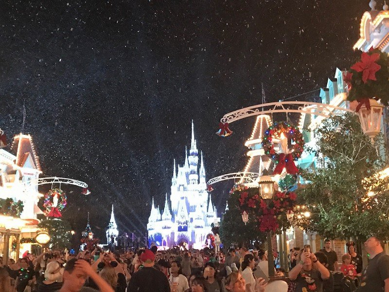 Mickey\'s Very Merry Christmas Party 2018 at Walt Disney World ...
